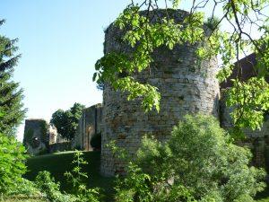 M054-H Vue sur le château d'Étrabonne