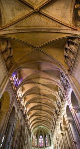 Détail de l'intérieur de la cathédrale Saint-Jean